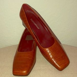 Naturalizer Leather Heels Size 8.5